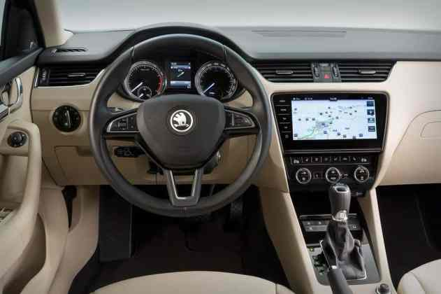 Skoda Octavia Cockpit 2017