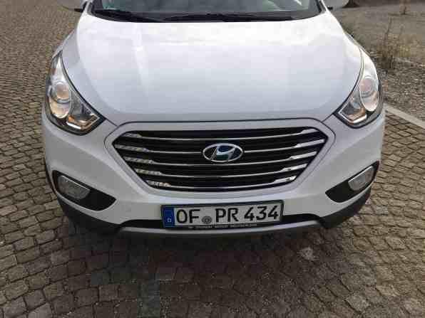 Hyundai ix35 Fuel Cell Front