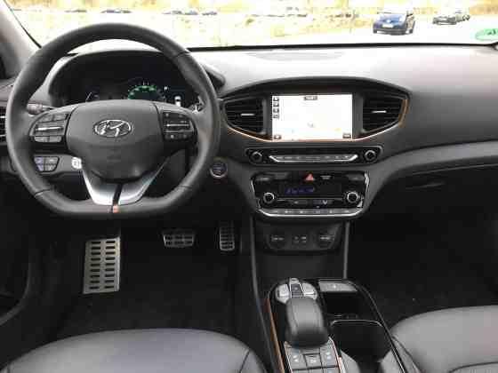 Hyundai IONIQ mit Elektroantrieb Cockpit