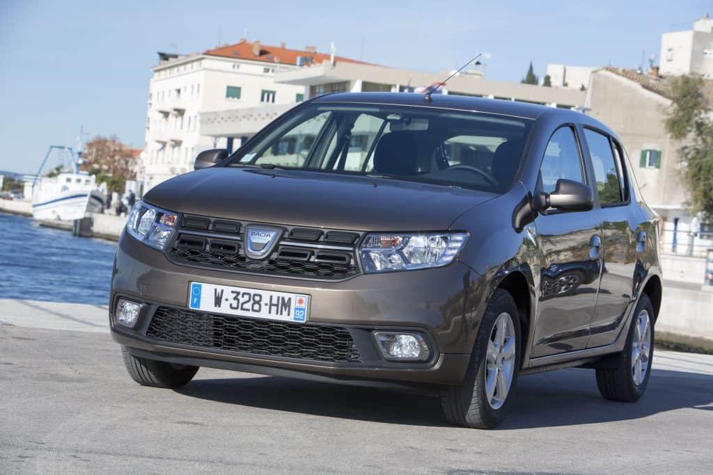 Dacia Sandero Front