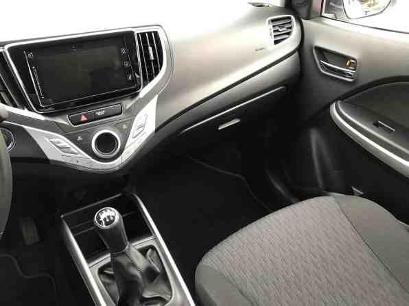 Suzuki Baleno 1.0 Boosterjet Innenraum