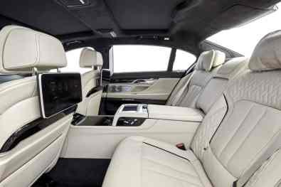 BMW M760Li xDrive Rückbank