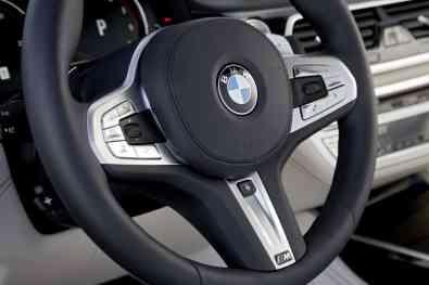 BMW M760Li xDrive Lenkrad