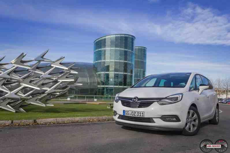 Opel Zafira Frontansicht LED Licht