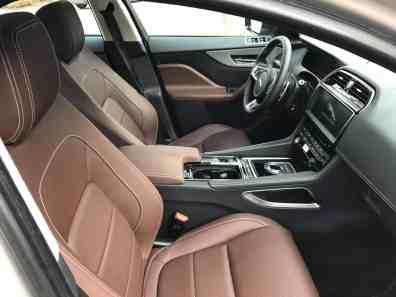 Jaguar F-Pace Beifahrersitz