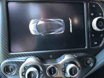 McLaren 720S Display