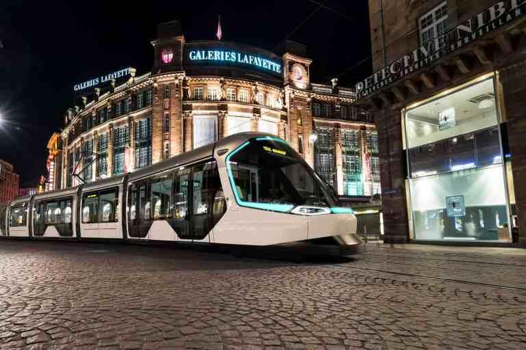 Peugeot verbindet Straßburg mit der Ortenau
