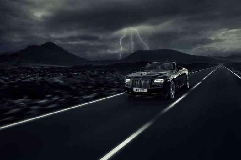 Rolls-Royce zeigt den Dawn Black Badge