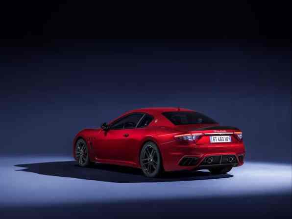 MaseratiGranTurismoMCMY18threequarterbackview