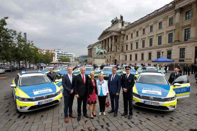 Polizei übernimmt Hybrid-Streifenwagen