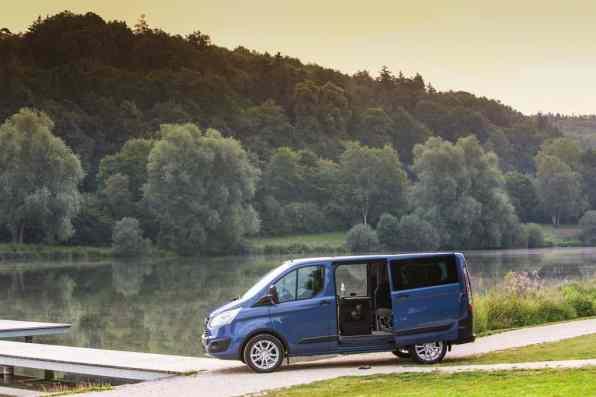 Ford Tourneo Custom Euroline.