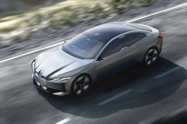 Die Zukunftsversion könnte - in ähnlicher Weise - bald in Serie gehen. Mit einer Reichweite von 600 Kilometern steht dem E-Auto in Sachen Alltagstauglichkeit jedenfalls nichts im Weg.