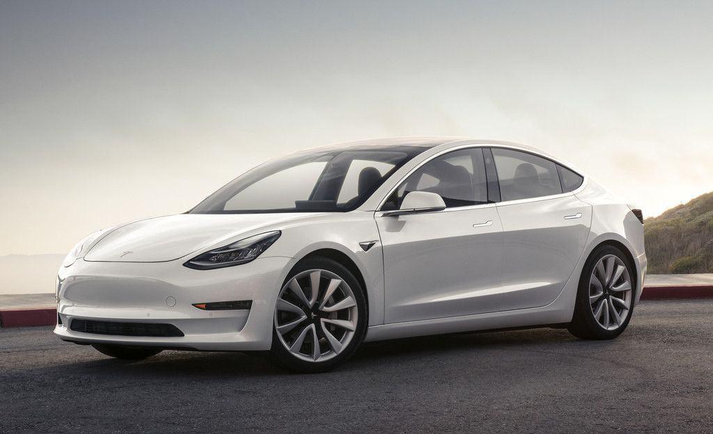 Tesla im Clinch mit Verbraucherschützern