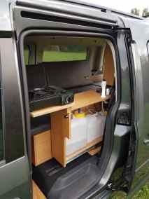 Volkswagen Caddy Maxi mit Campingausbau von Natürliche Reisemobile.