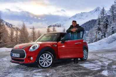 Mini Cooper D im Schnee-Test mit Jan Weizenecker