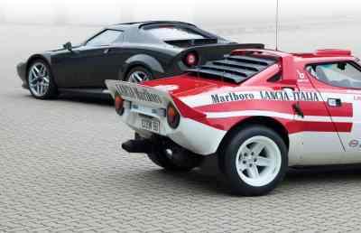 New Stratos und Lancia Stratos HF Rallye (1974).