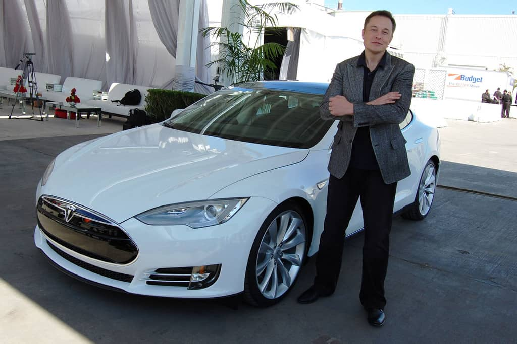 St. Elon auf dem Kreuzzug: Der Tesla-Chef übt sich in Medien-Bashing