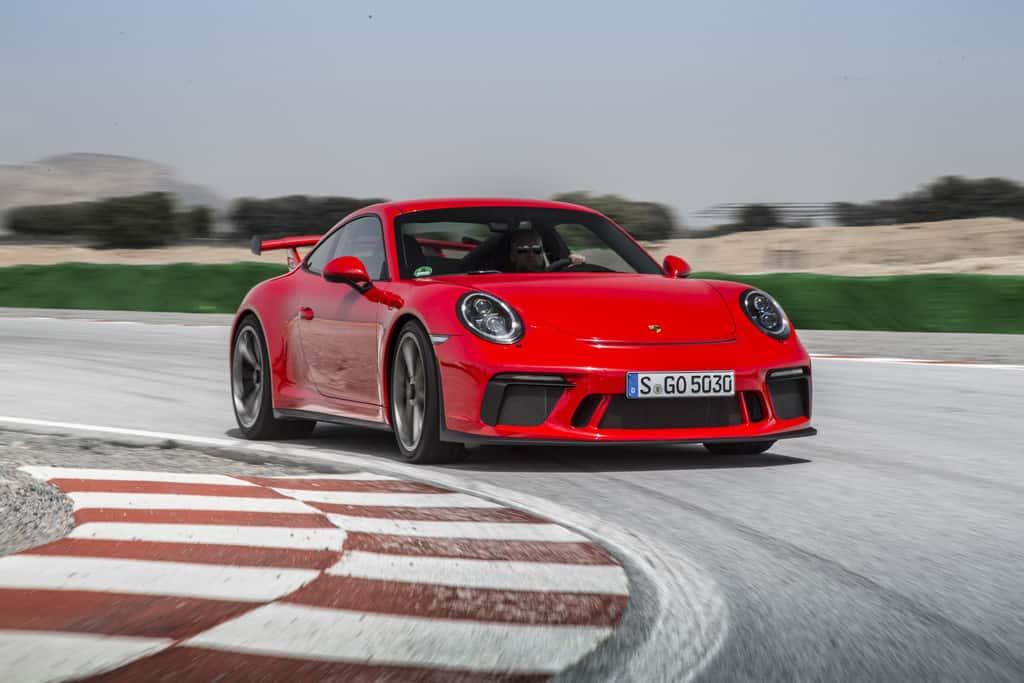 Dacia Sandero und Porsche 911 GT3 die wertstabilsten Autos