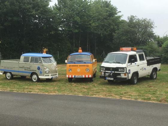 Die drei Servicefahrzeuge für das Midsummer-Bulli-Festival 2018.