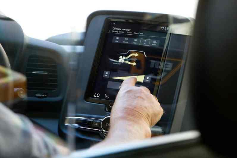 Zentraler Touchscreen im TX, wie bei den aktuellen Volvo-Modellen.
