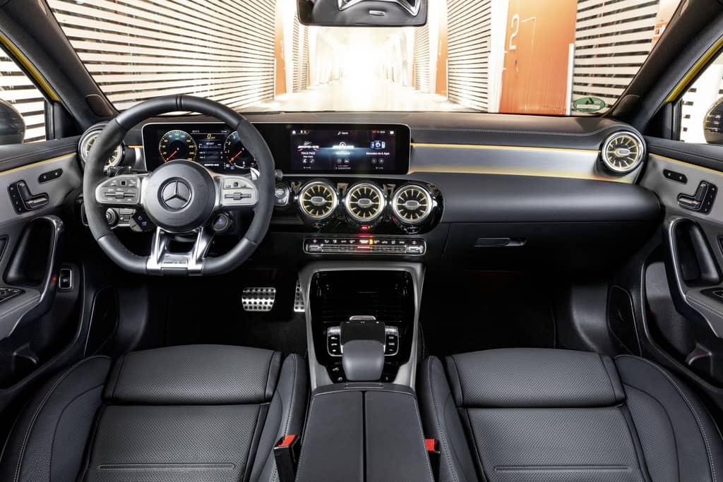 Paris 2018: Neuer Einstieg bei AMG mit 306 PS