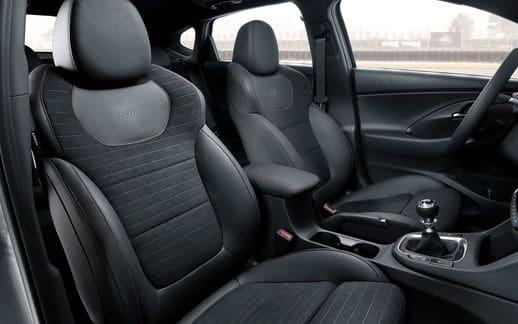 hyundai-i30-fastback-n-sep2018-interior-01-1610_55856711ba