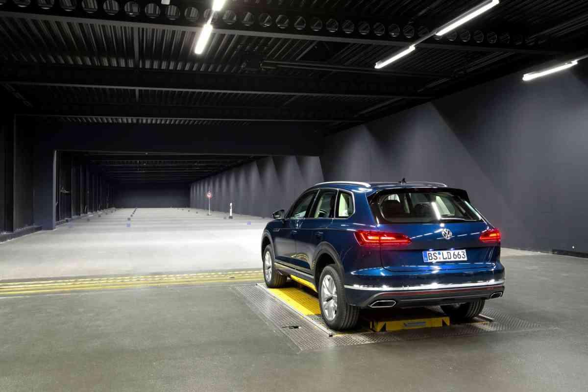 Volkswagen Licht-Kompetenzzentrum, Lichttunnel