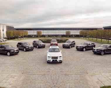 Erste Rolls-Royce Cullinans auf dem Weg in englische Showrooms