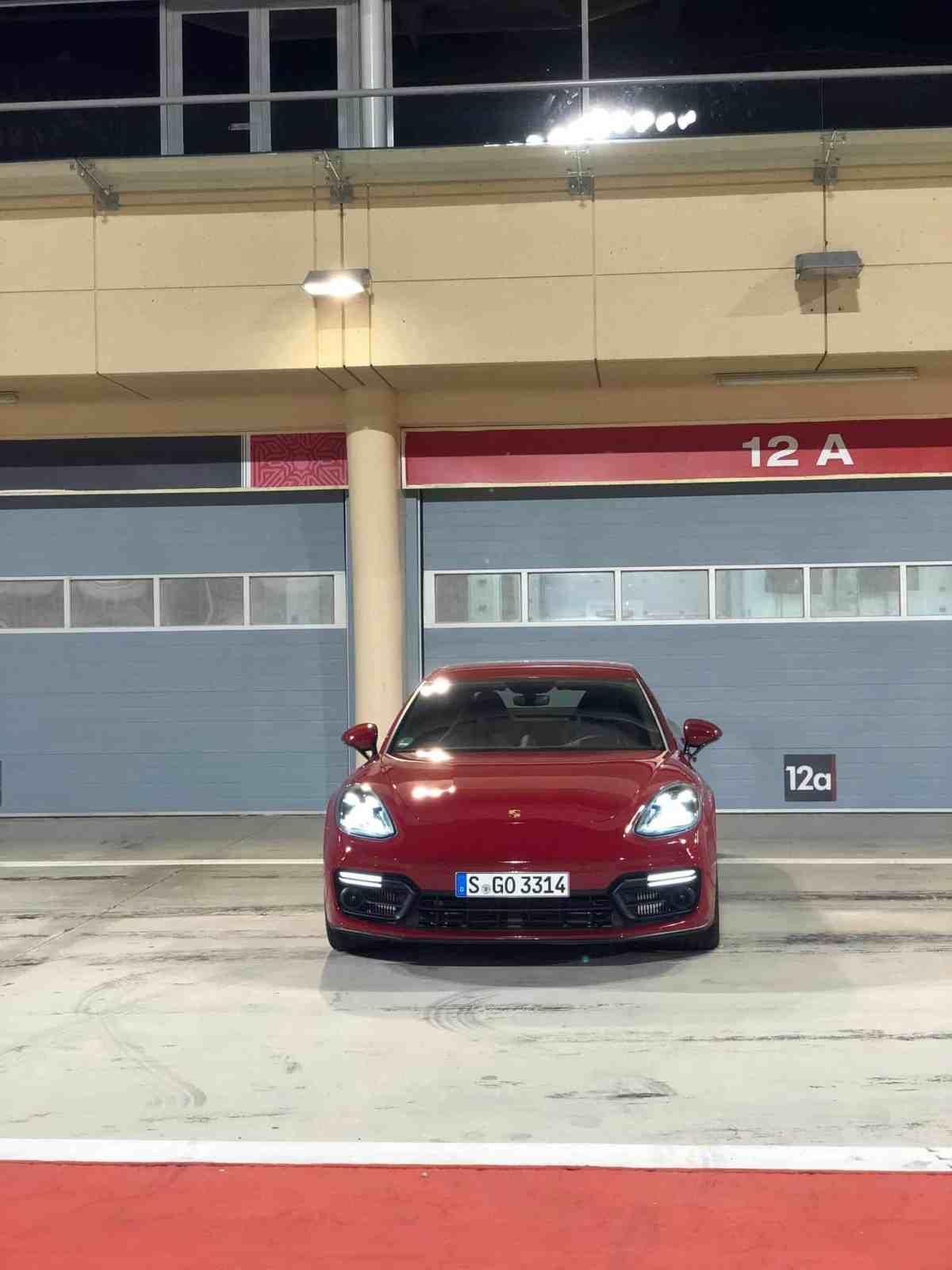 Porsche Panamera GTS vs. GTS Sport Turismo | Fahrbericht in Bahrain