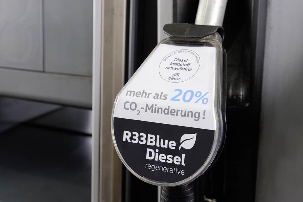 R33 Blue Diesel