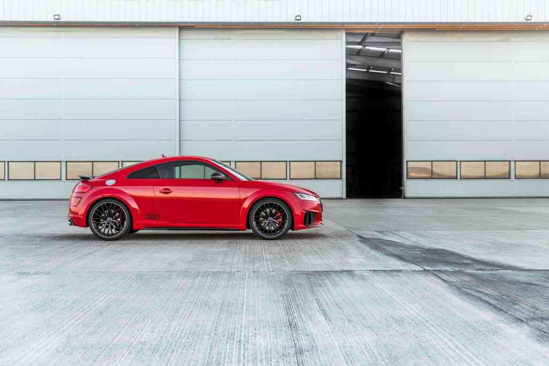 Audi TTS competition