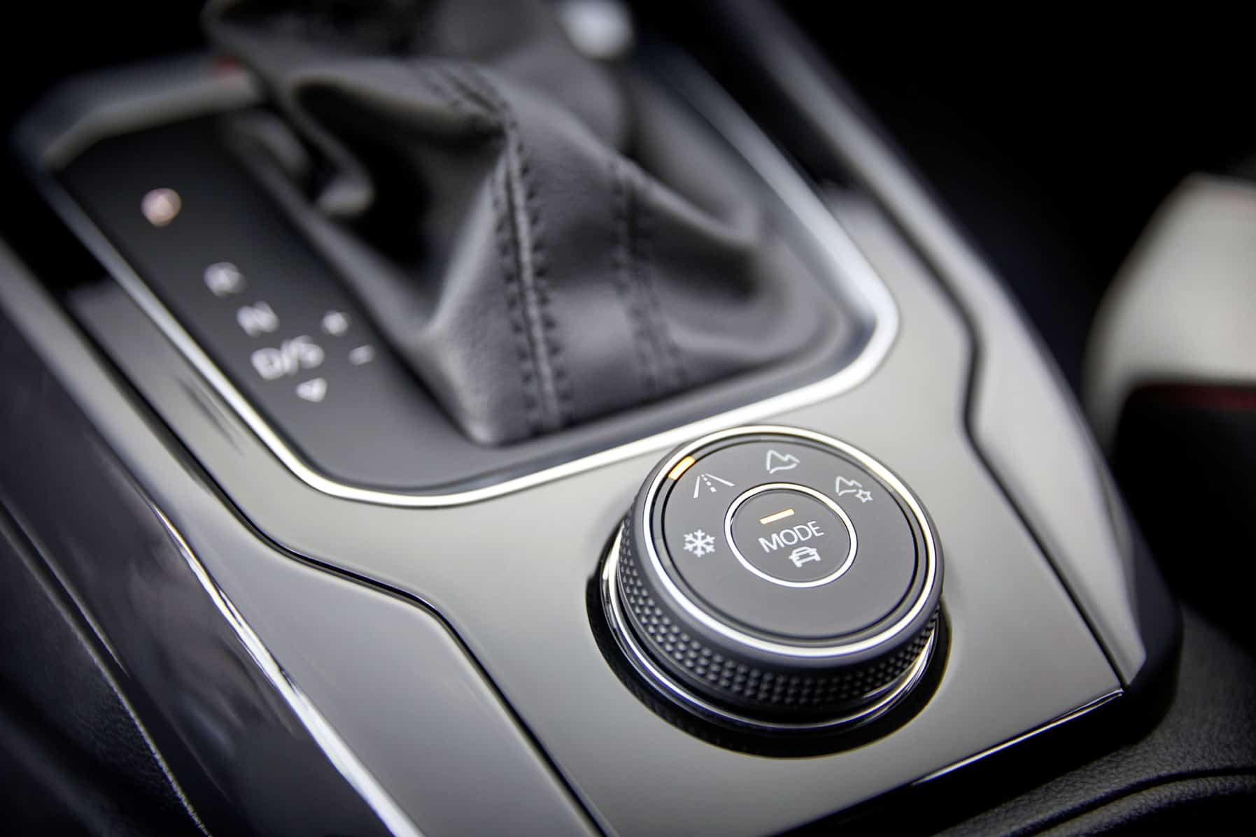 Im Volkswagen T Roc 20 Tsi Durchs Militär Gelände Der Autotesterde