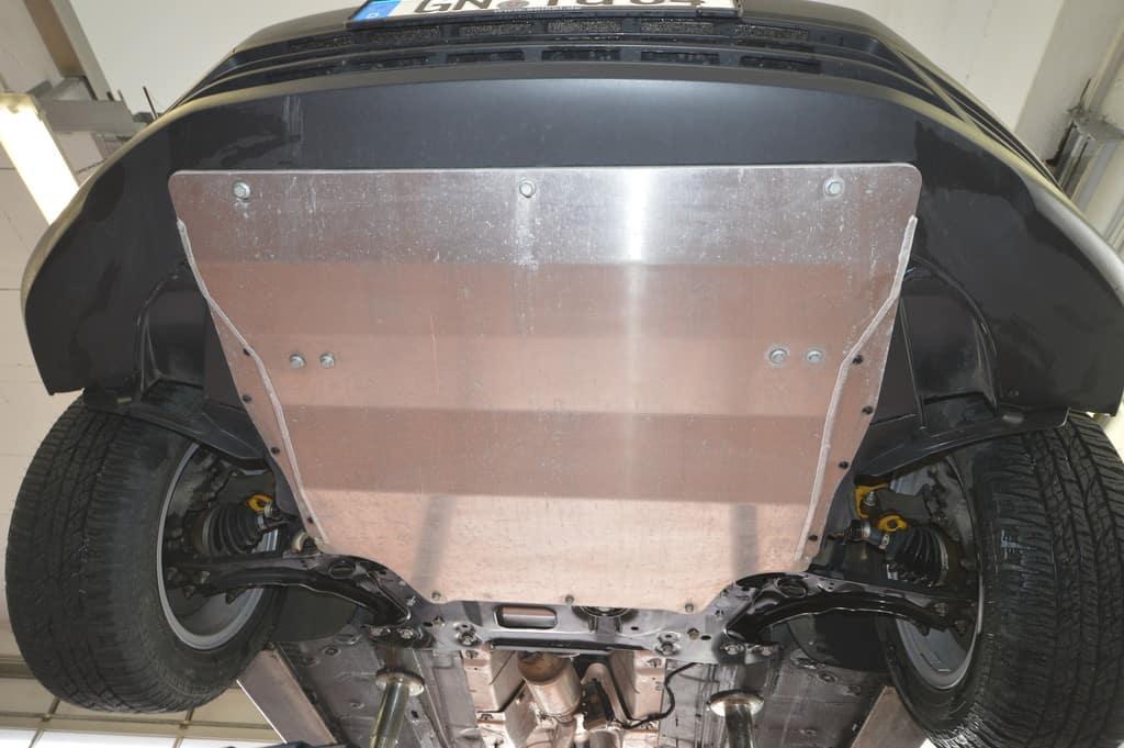 Motorschutzplatte von Seikel für den VW Caddy.
