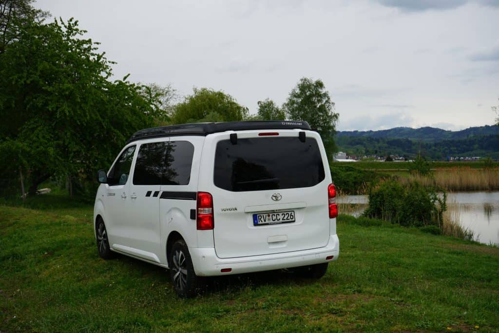 Crosscamp: Neuer Camping-Van auf Toyota Proace Verso Basis - Review im Video