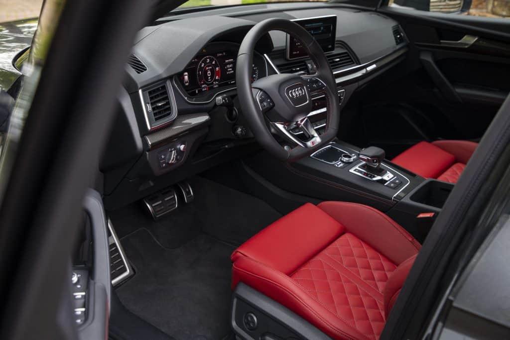 Audi SQ5 TDI, Lenkrad