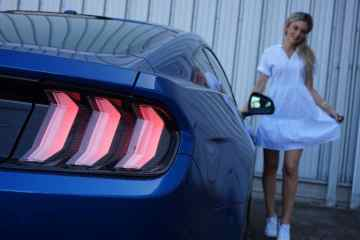 Ford Mustang,https://www.instagram.com/nina_weizenecker/