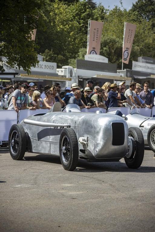 Mercedes-Benz SSKL Stromlinienrennwagen (1932, Originalnachbau).