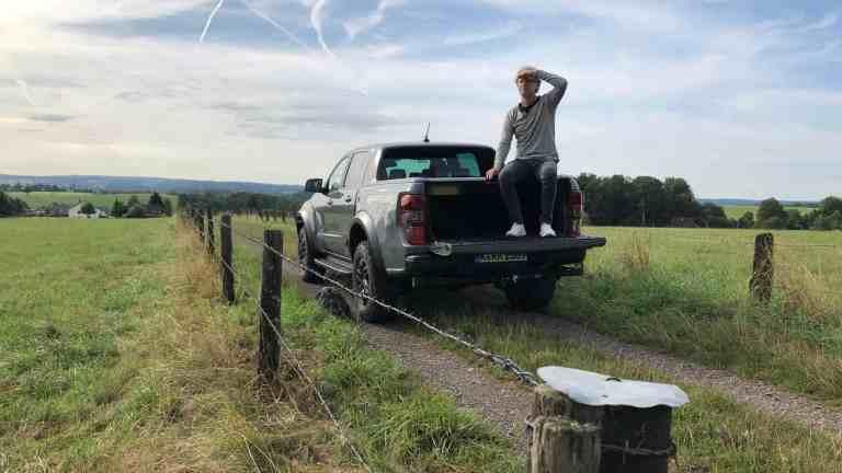 Ford Ranger Raptor - Extrovertierte Optik spricht auch Rote-Teppich-Gänger an