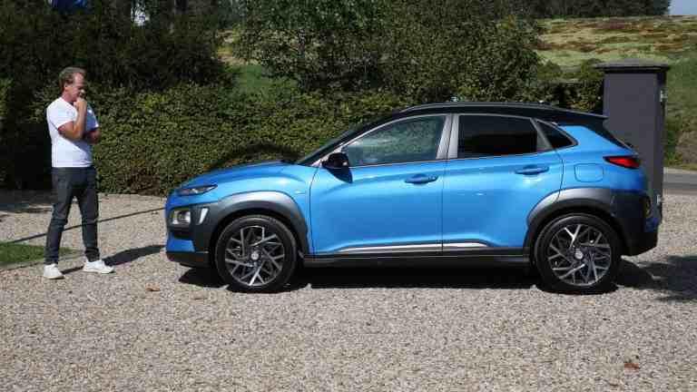 Der neue Hyundai Kona Hybrid 1,6 Liter (141 PS) fährt vor - Fahrbericht im Video