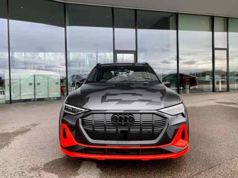 Neuer Audi e-tron Sportback S (2020)