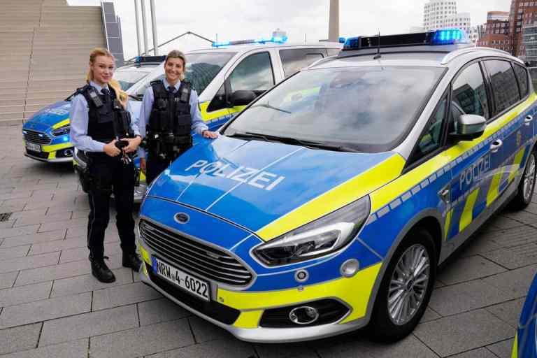 Ford beliefert die Bundespolizei und die Länderpolizeien in Sachsen-Anhalt und Nordrhein-Westfalen mit dem S-Max.