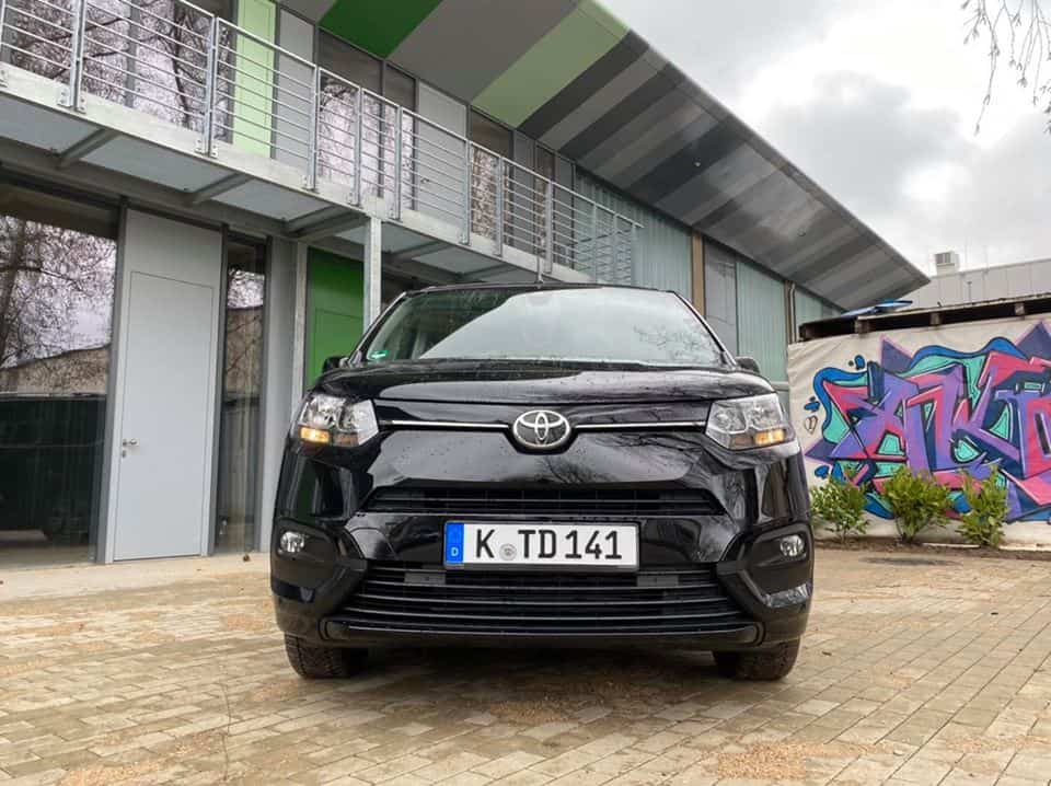 "Neuer Toyota Proace City Verso ""Executive"" (130 PS)"