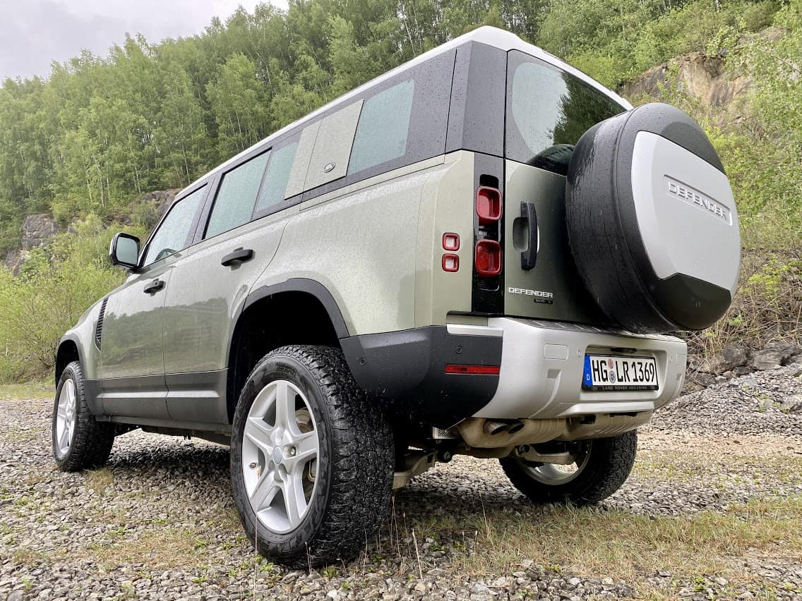 "2020 Land Rover Defender D240 ""S"" 110 (240 PS) - On/off-road Fahrbericht 