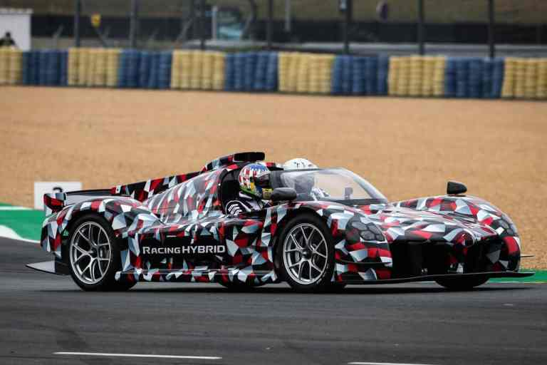 Toyota testet den TS050 in Le Mans