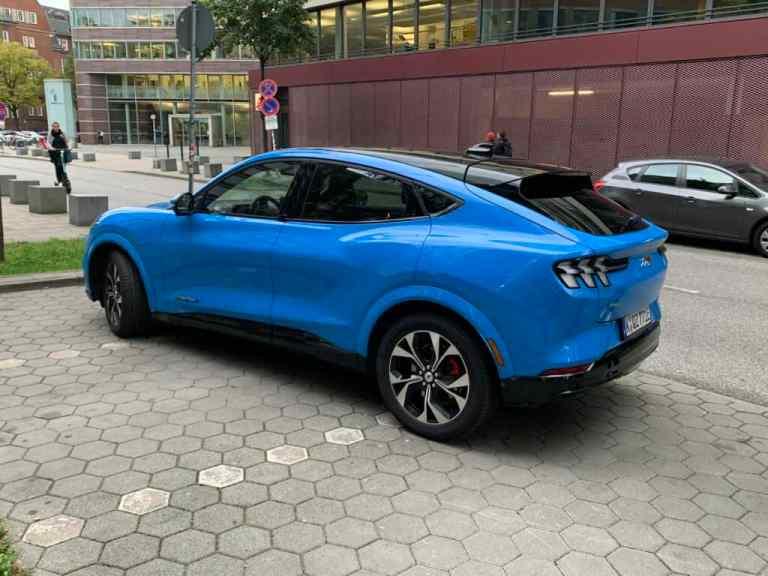 #Ford #Mustang #Mach-E: Erste #Fahrt mit dem Elektro-Crossover durch Hamburg