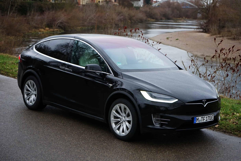 Tesla Midel X