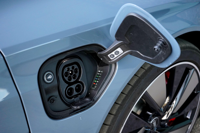 (2021) Audi e-tron GT quattro