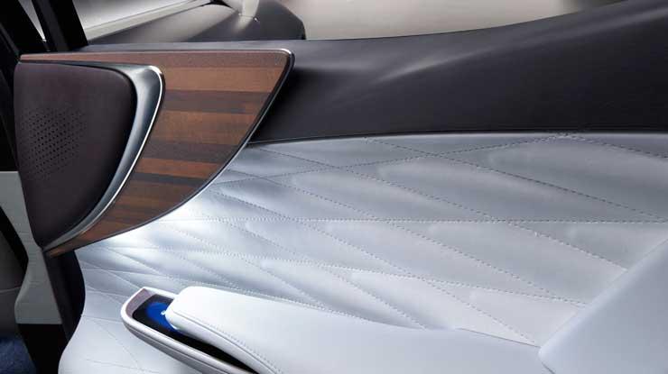 Lexus-LF-CF-Rr-Door-trim