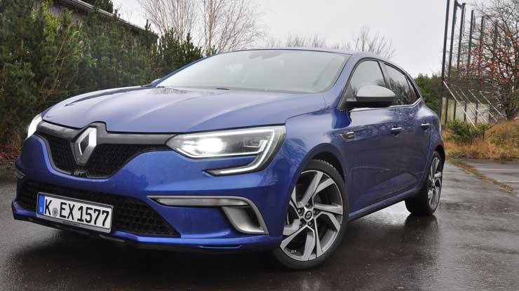 Renault-Megane-GT-2016-schraeg-von-vorn