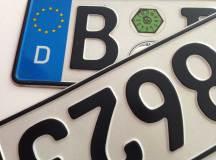 Elektroautos künftig mit blauen Kennzeichen?
